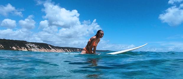 student-surfer