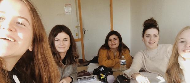 exchange student in una scuola francese