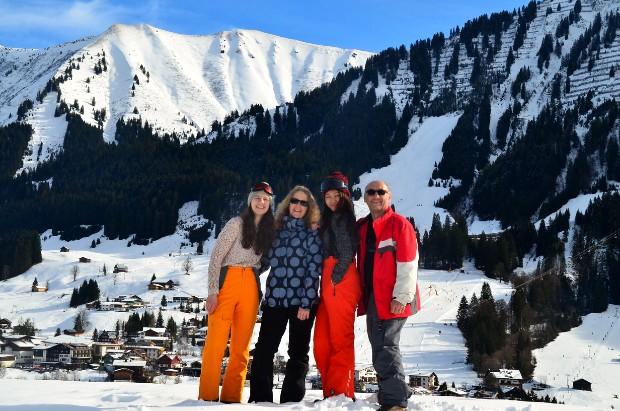 På skitur med vertsfamilien i Tyskland