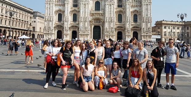En gruppe utvekslingsstudenter på Soft Landing Camp i Milano