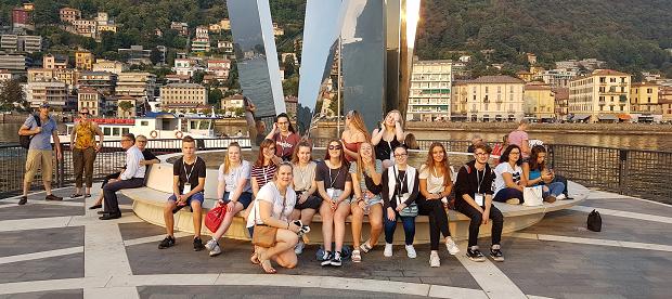 En gruppe utvekslingsstudenter på Soft Landing Camp i Italia