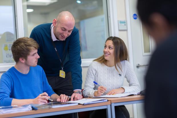utvekslingsstudenter studerer på Chelsea College i Vg2