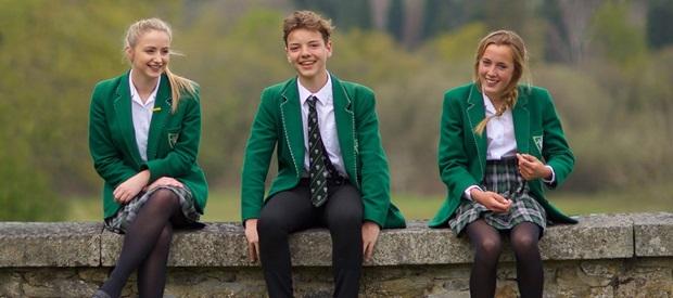 Studenter vid Stover School