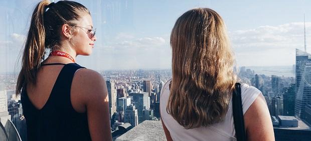Utvekslingsstudent nyter utsikter fra Rockefeller Center i New York