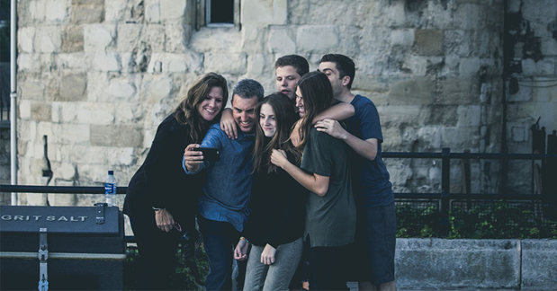 Vertsfamilie med utvekslingsstudent i Sverige