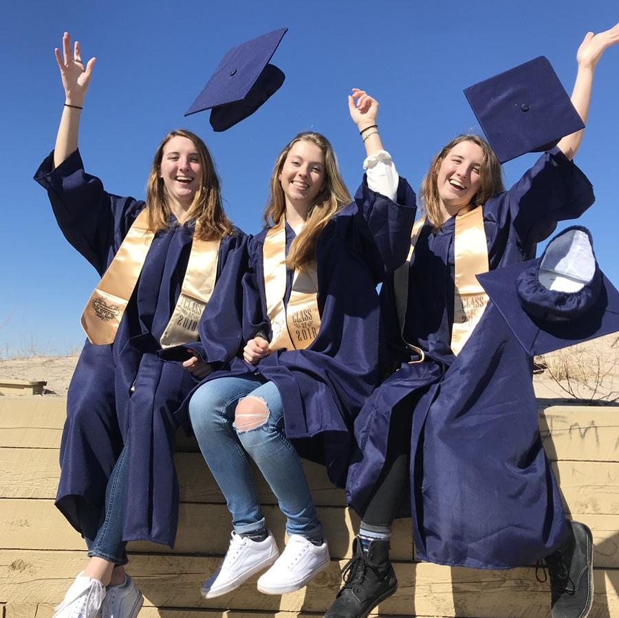 Glade utvekslingsstudenter på Graduation!
