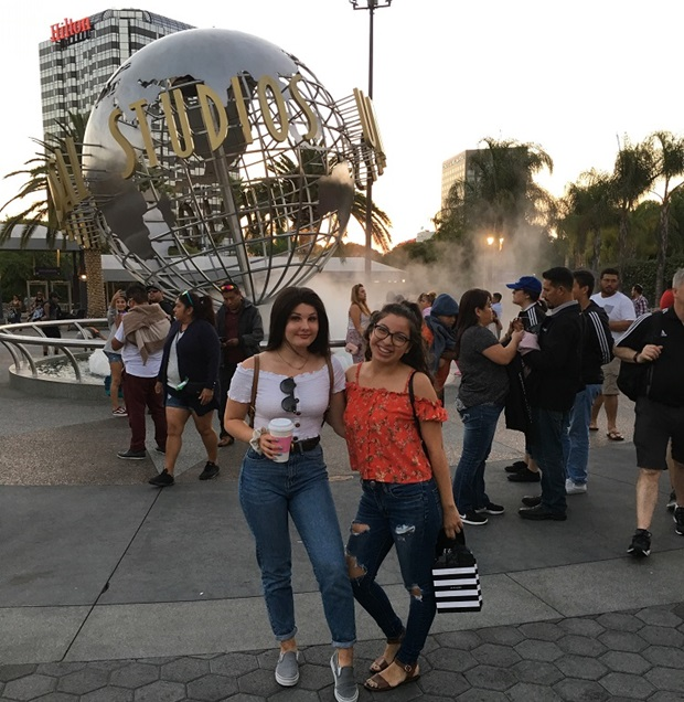 Vaihtari Host siskon kanssa Universal Studiolla
