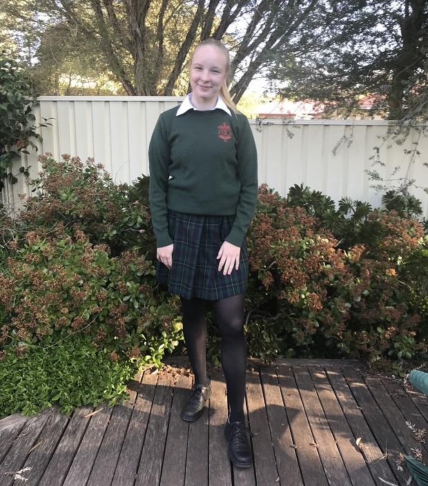 Australialainen koulupuku talvella