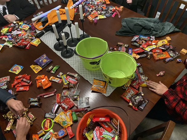 trading candy halloween