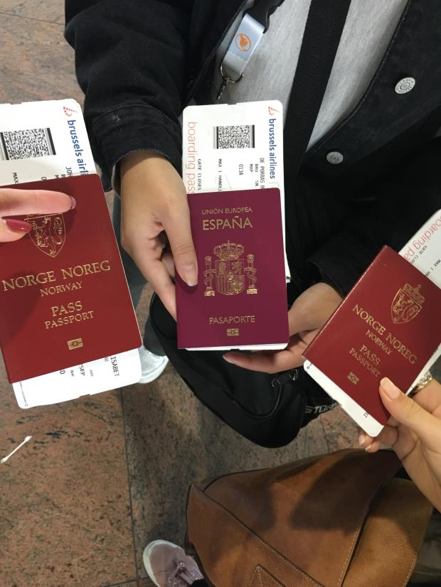 spansk og norsk pass