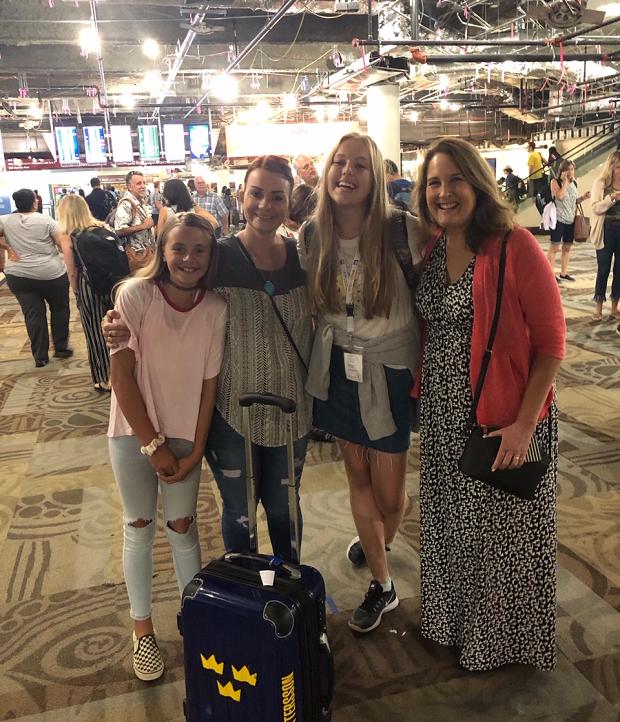 Värdfamiljen på flygplatsen