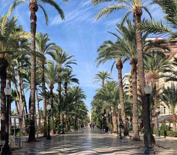 Hamn i Alicante, Spanien
