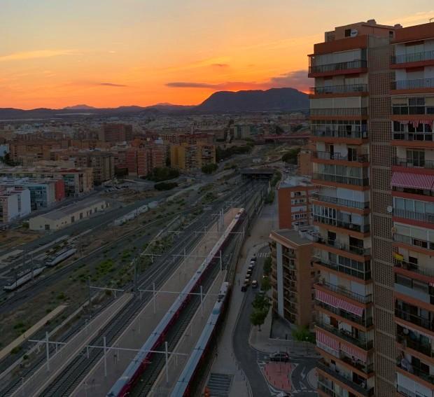 Utsikt från värdfamiljens hus i Alicante, Spanien