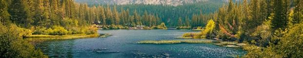 lago canadese nel distretto scolastico del Vernon