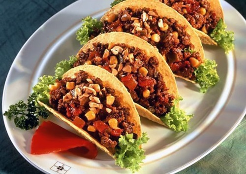 Rena-from-South-Korea-5-American-Foods-You-Need-to-Try-Tacos
