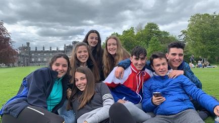 在爱尔兰课堂的小留学生
