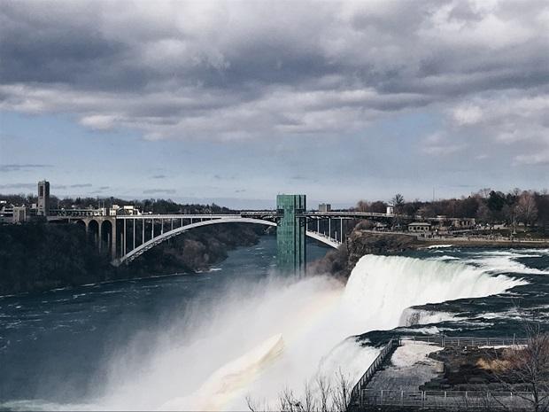 Silta Niagara Fallsilla