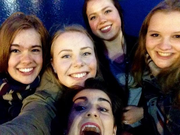 Utveklsingsstudent og glade venner