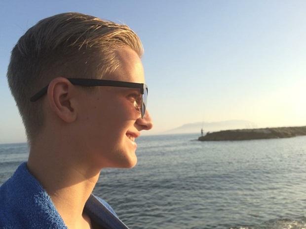 Petter på sommerferie før utvekslingsåret starter