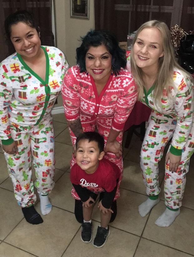Vertsfamilie med julepysj