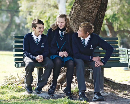 Elwood-College-Students-Sitting-On-Bench