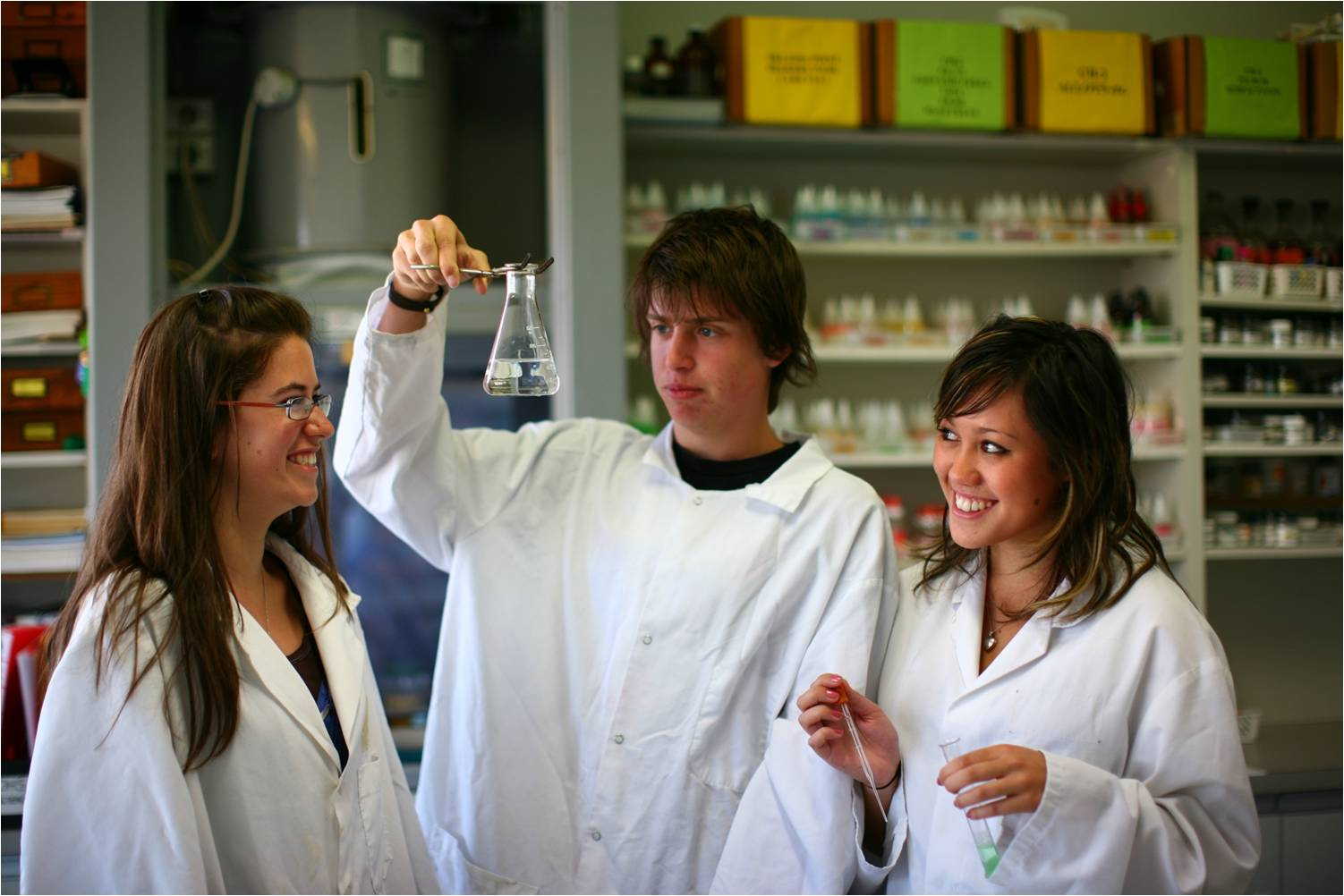 Sandringham-College-Chemistry-Class