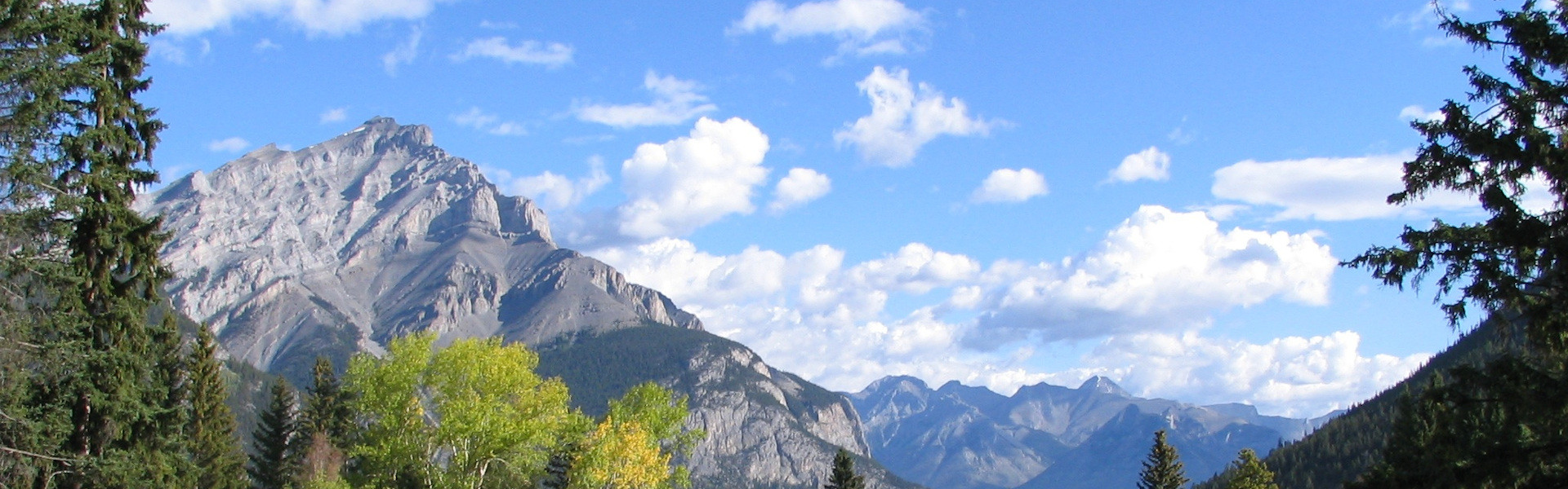 Medicine-Hat-School-District-Mountain-Scenic