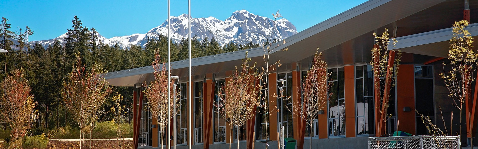 Educatius-AlberniHighSchool-Canada-Front-of-HighSchool-Banner-2019
