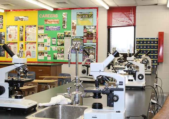 WindsorEssexCatholicSchool-AssumptionHighSchool-ScienceClassroom2-Galleryjpg