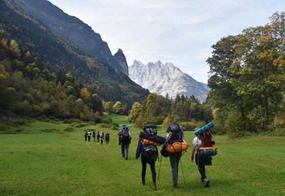 Ecole Humanite Switzerland Hiking Gallery 2019