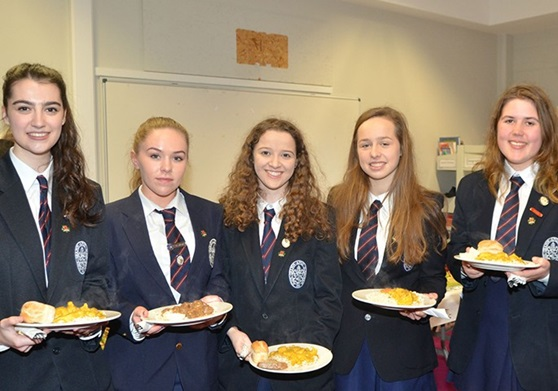Educatius-Ireland-SligoGrammarSchool-StudentPhotoLunch-GAllery-2019