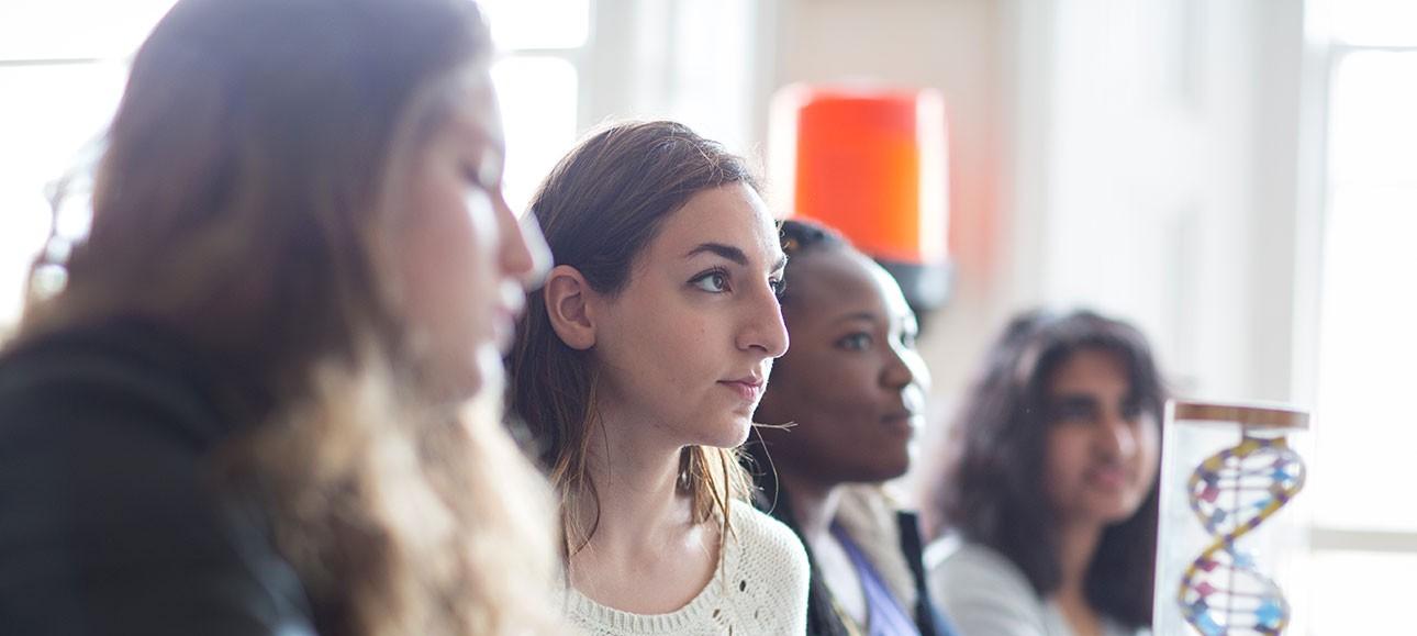 Educatius-UK-KensingtonParkSixthForm-StudentsInClass-Banner-2019