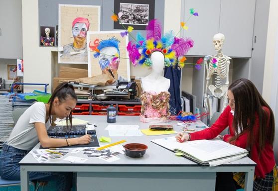 Art students at Kensington Park School