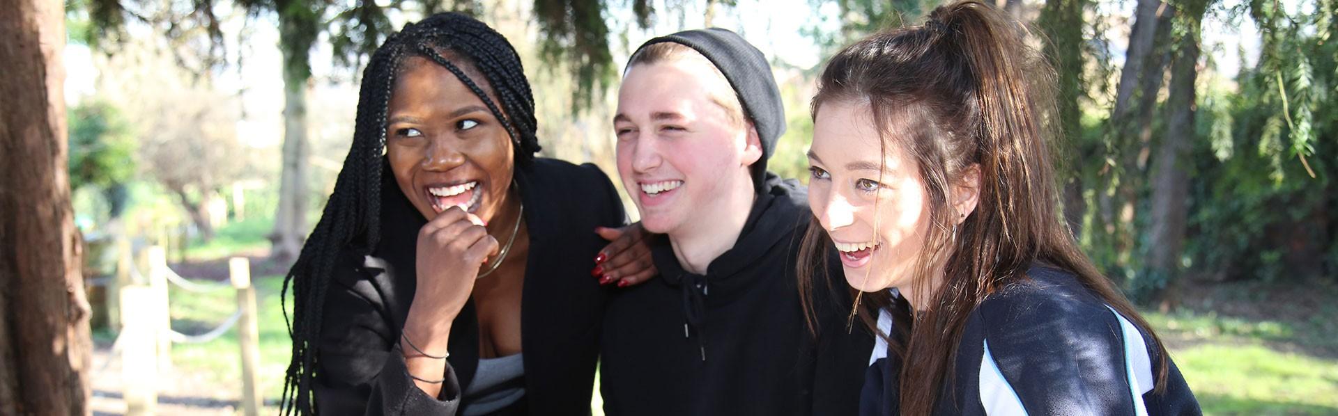 Educatius-UK-RochesterIndependentCollege-StudentsSmiling-Banner-2019
