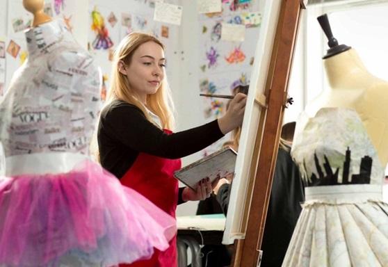 Art student at Birkenhead School