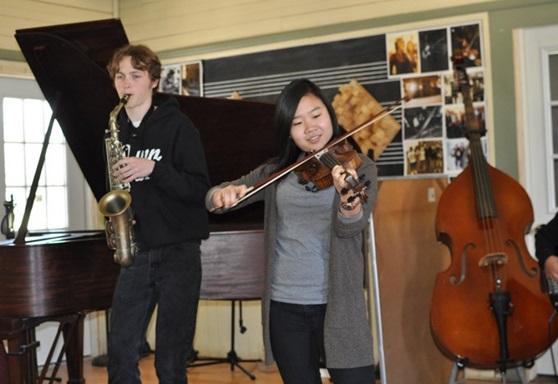 DunnSchool-Highschool-California-Playing-Gallery-2019