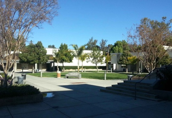 LasVirgenes-Highschool-CA-schoolyard-Gallery-US-2019