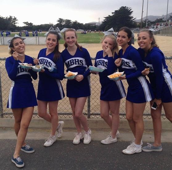 san-luis-cheerleader