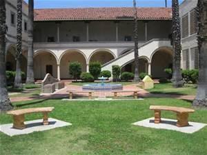 TorranceHighSchool-HighSchool-California-Schoolyard