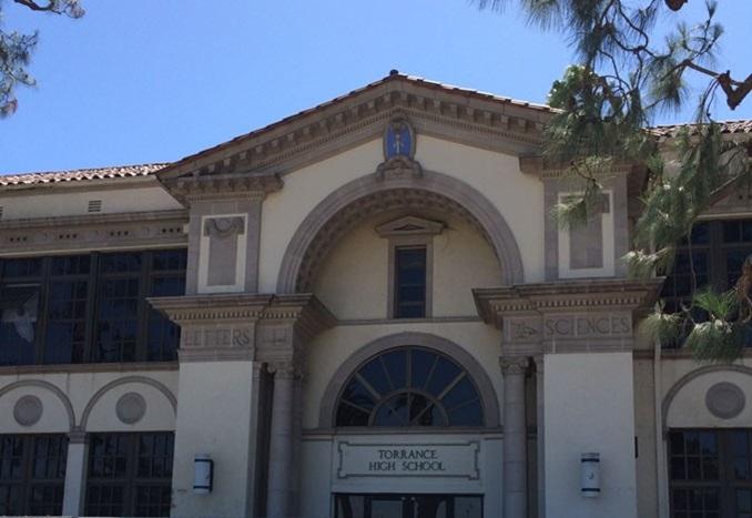 Torrance-Highschool-CA-Entrance-Thumbnail-US-2019