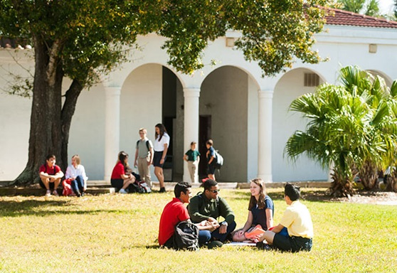FloridaPrepAcademy-USA-FL-StudentsGather-Gallery