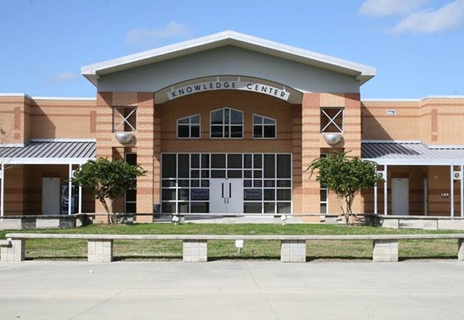 MArioncounty-Highschool-FL-Entrance-Thumbnail-US-2019