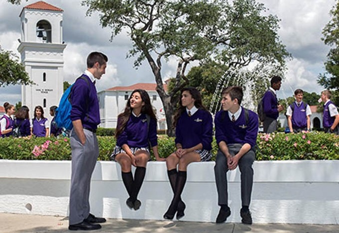 MontverdeAcademy-Highschool-Florida-studentsoncampus-Thumbnail-2019