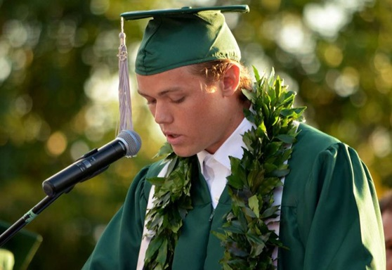 MAuiPreparatoryAcademy-Highschool-Hawaii-Graduation-Gallery-2019