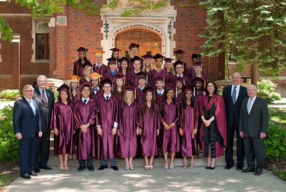 Educatius-MorganParkAcademy-Illinois-US-PrivateSchool-Graduation-Gallery