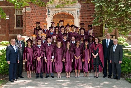 Educatius-MorganParkAcademy-Illinois-US-PrivateSchool-Graduation-Gallery
