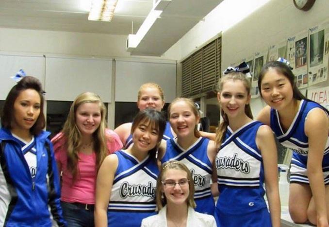 HTCHS Iowa USA Cheerleaders Thumbnail 2019