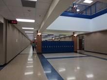 Urbandale-Highschool-Iowa-Hallway-Gallery-US-2019