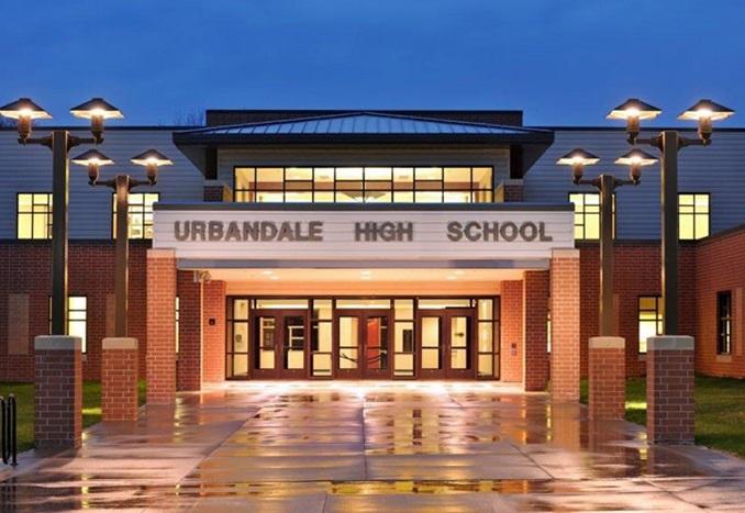 Urbandale-High-School-School-Front-US-Iowa-Thumbnail-2019