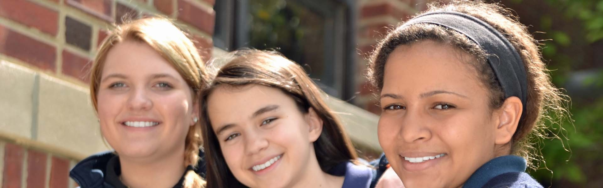 Maur Hill Academy  Kansas USA 3 Girls Banner 2019